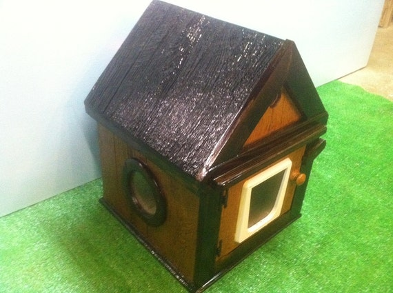 Heated insulated outdoor cat house (Ships Next Bus. Day), bed shelter, condo