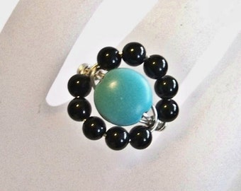 Sterling Silver Ring - Eye of the Beholder - Wire Wrapped Ring - Magnesite and Black Onyx Wire Wrap Ring - Sizes 6 to 16 Available