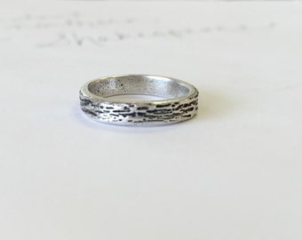 Woodgrain wedding band . recycled silver wedding ring . engraved woodgrain wedding ring by peaces of indigo