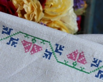 Nr: 848. handloomed linen antique charming TOWEL napkin, LAUNDERED EASTER decoration; tablerunner