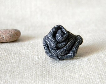 Men's lapel pin. Lapel flower. Men's boutonniere. Men accessories. Rose boutonniere, tweed light grey.