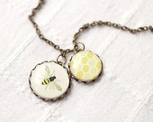 Honey Bee necklace - Mother necklace - Yellow (N013)