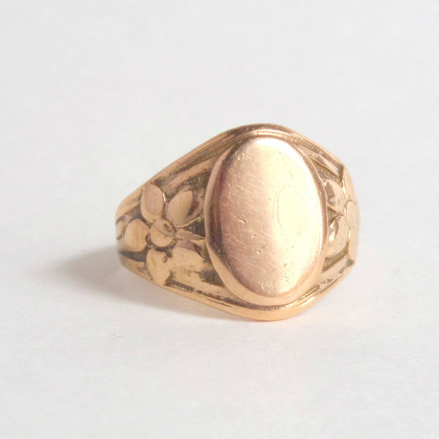antique floral signet ring 10k gold 5 25 by pinguim