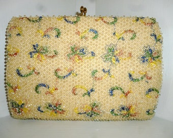 Vintage 50's - Corde Bead - Embellished - Floral Embroidered - Beaded - Kiss Lock - Clutch - Handbag -  Size 8.5 x 6 x 1.5