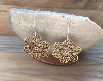 Brass Filigree Flower Earrings