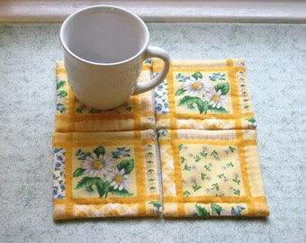 daisy squares set of mug rugs