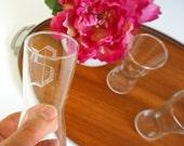 Vtg Etched S Monogram Hourglass Cocktail Glasses VGC / Set of 4
