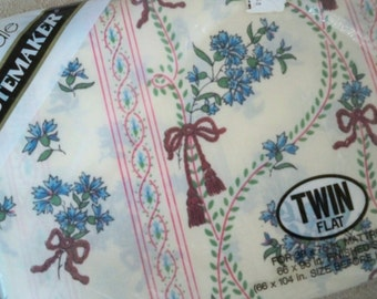 Vintage Bedding Home Decor  NOS Twin Flat Floral Sheet  Made in USA