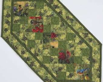Reversible Table Runner, Backyards Birds, Christmas Poinsettias, Quilted