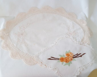 40s doilies, 2 doilys, vintage doilies, wartime home, boho home decor, 40s home decor, oranges embroidery, crocheted lace,