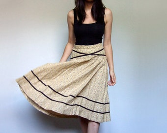 70s Beige Summer Skirt Floral Print Peasant Skirt Aline Simple Ditsy Print Circle Skirt Cotton - Small S