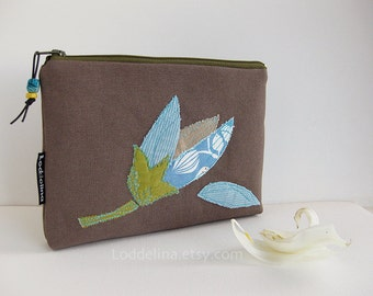XL zipper POUCH blue tulip on olive brown canvas