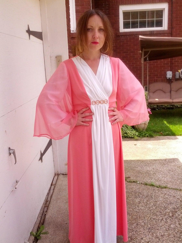 Dramatic Pink Eye Makeup: Vintage 60s Dramatic Pink And White Godess Chiffon Angel