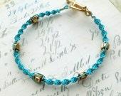 Green Turquoise and Gold Macrame Bracelet // Art Deco Beach Boho Chic