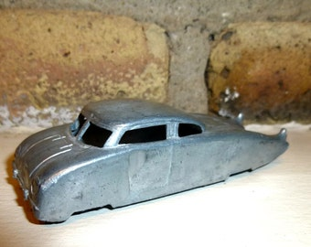 1940s Midgetoy Model Car.  Futuristic Dream Automobile with Fins. Streamlined.