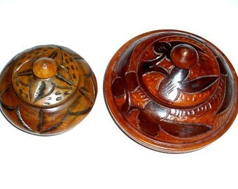 SET of 2 CARVED WOODEN lathed vintage trinket boxes, round African containers with tops, folk art,rust,mahogany,brown