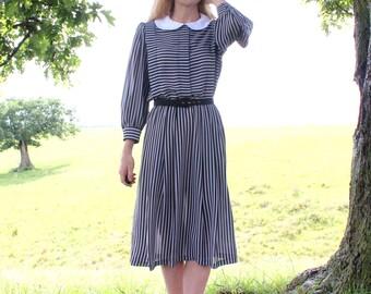 Medium Large M L Vintage 80s does 50s Dress Retro Shirtwaist Black Gray Stripe Print Peter Pan Collar Long Midi Womens