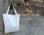 White tote with crocheted bottom and leaves. Shoulder bag in recycled upholstery fabric. Light cream fabric bag, medium size