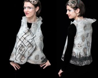 Arty nuno felt women vest - reversible designer vest - cercle dot design - piece unique  -  wearable art, artisan made in Paris
