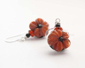 Flower Earrings, Red Poppy Earrings, Glass Bead Earrings, Lampwork Glass Earrings, Beaded Earrings