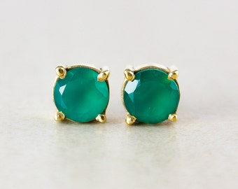 Gold Green Onyx Studs - Round