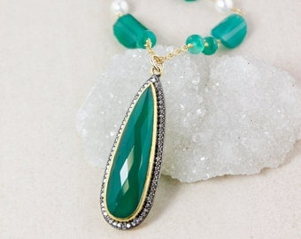 Green Onyx Teardrop Beaded Necklace – Layering Necklace