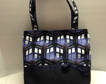 Doctor Who Tardis Tote Bag with Five Pockets Inside!