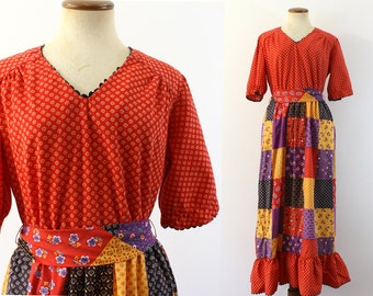 1970s Maxi Dress PATCHWORK Calico Prairie Sash Hippie V Neck Short Sleeve Vintage 70s Festival Sears Jr Bazaar Junior Holly Hobbie Medum M