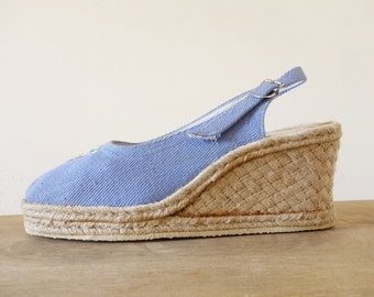 Light blue denim wedges    Rope espadrilles with floral embroidery    1970's by cubesandsquirrels    size 38
