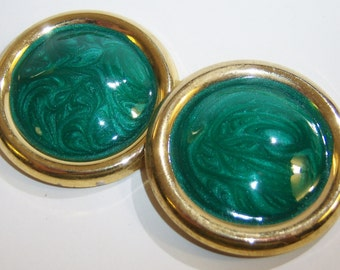 clip on earrings, vintage green and gold tone large round clip on earrings 0615A
