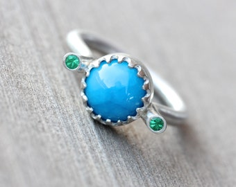 Water Blue Opaque Apatite Emerald Ring Modern Silver Summer Fountain Green Scalloped Bezel Bright Fresh Gift Idea Statement Design - Fontana