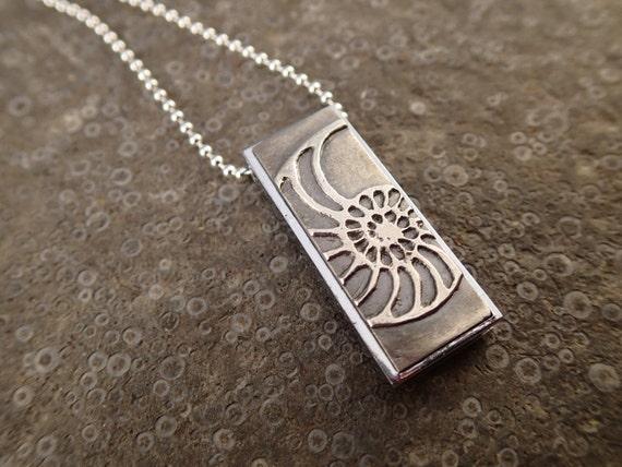 usb flash drive necklace nautilus