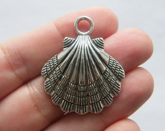 2 Shell charms antique silver tone FF192