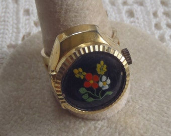 Vintage Watch Ring Gold Tone Floral Design Hudson 17 Jewels Swiss Made