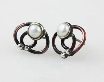 Cupper earstud with pearl