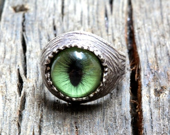 Green Cat  Eye Ring sizes 4 to 11 self adjustable sterling silver made in NYC quantity listing