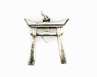 Japanese Torii Gate Shinto Pendant solid sterling silver 925