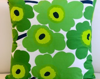 Floral Marimekko Pillow Cover. Handmade. Pattern: Unikko by Maija Isola. Green pillow, 18x18 inches (45x45cm)