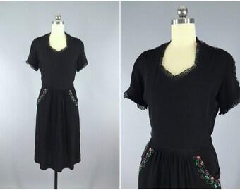 Vintage 1940s Dress / 40s Day Dress / Crepe Dress / Sequined Dress / Little Black Dress LBD / 1940 Patty Ann Dress / Small S 4