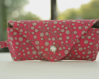 Glasses case/ Eyeglass case/ sunglasses case/ reading glasses case/ grey beige berries on fuchsia pink