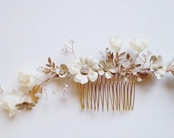 Cerise brass flowers vine comb, #812