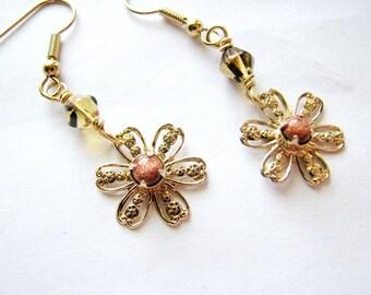 Flower earrings | dangle earrings gold | floral | filigree | summer | botanical
