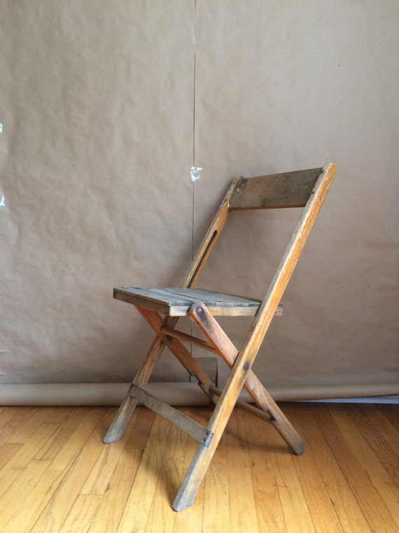 Americana vintage 1940 s wooden fold up beach chair Synder