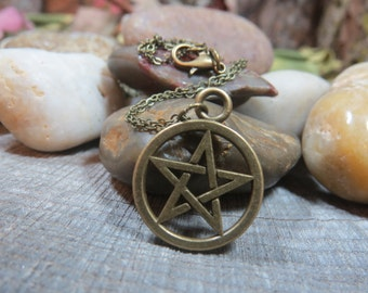 Pentacle Necklace, Bronze Pentacle Pendant, Witchcraft, Wiccan Jewelry, Pagan,Witch