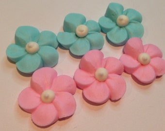 Lot of 100 Royal Icing Sugar flowers great for gender reveal party