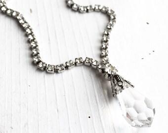 Vintage Crystal Drop Necklace with Rhinestones