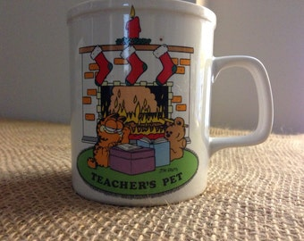 Garfield & Pooky Teacher's Pet Christmas Mug 1970s