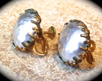 Miriam Haskell Large Baroque Pearl Earring Vintage Earrings- Bridal Pearl Earrings- Pearl Clip On Earrings- Haskell Pearls- Gold Ivory Pearl