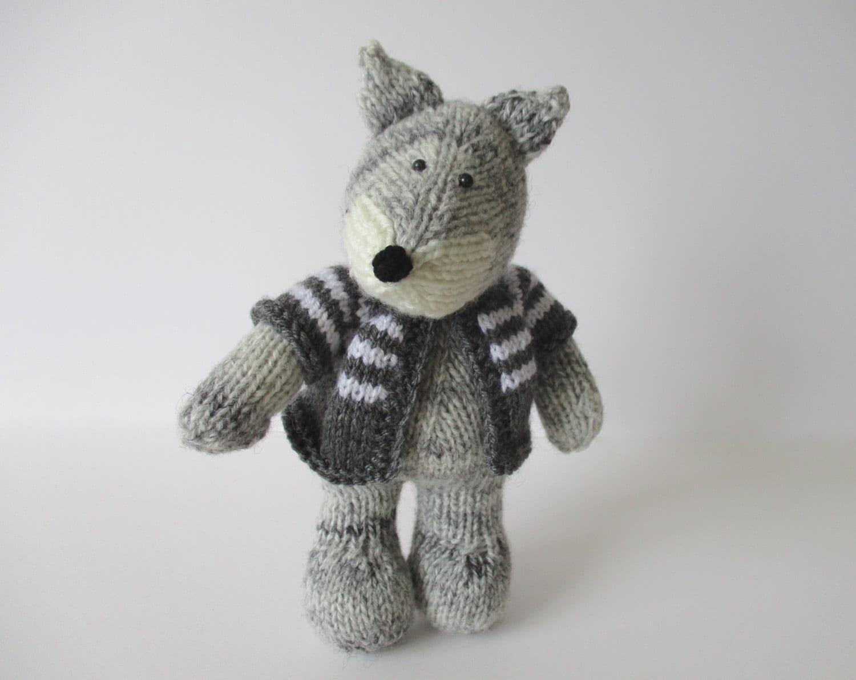 Gray Wolf toy knitting patterns