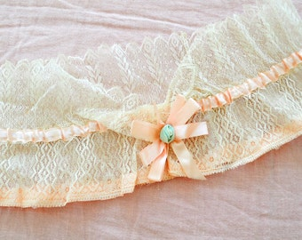 Vintage 1920s pink ribbon lace trim ribbon rosette scalloped edging